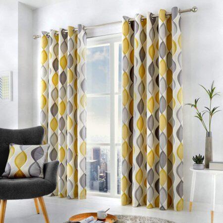 cortinas amarillas y blancas