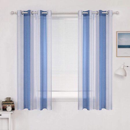 cortinas azules y blancas
