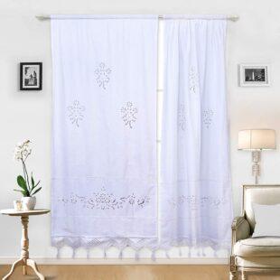 cortinas blancas bordadas
